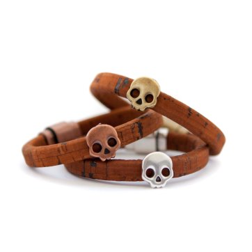 Skulls from the Euclid collection in the saddle brown cork