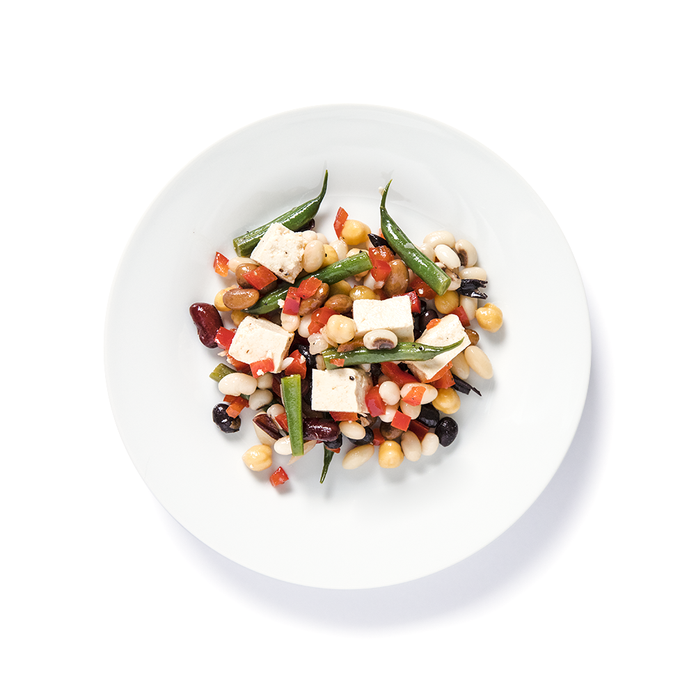 Nicole salad with 5 different beans and tofu